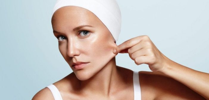 7 Essential Oils to Tighten Your Skin Fast