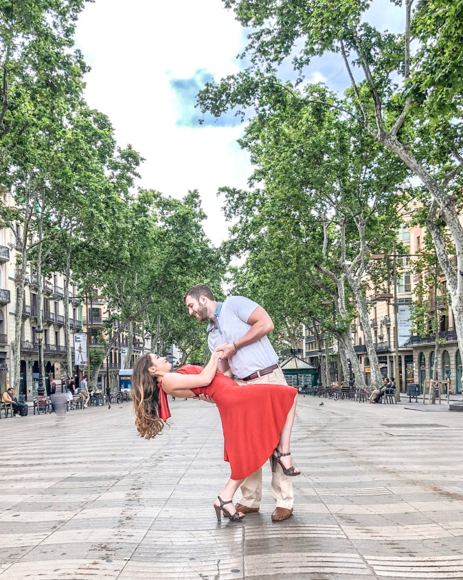 Couple Dancing on Las Ramblas