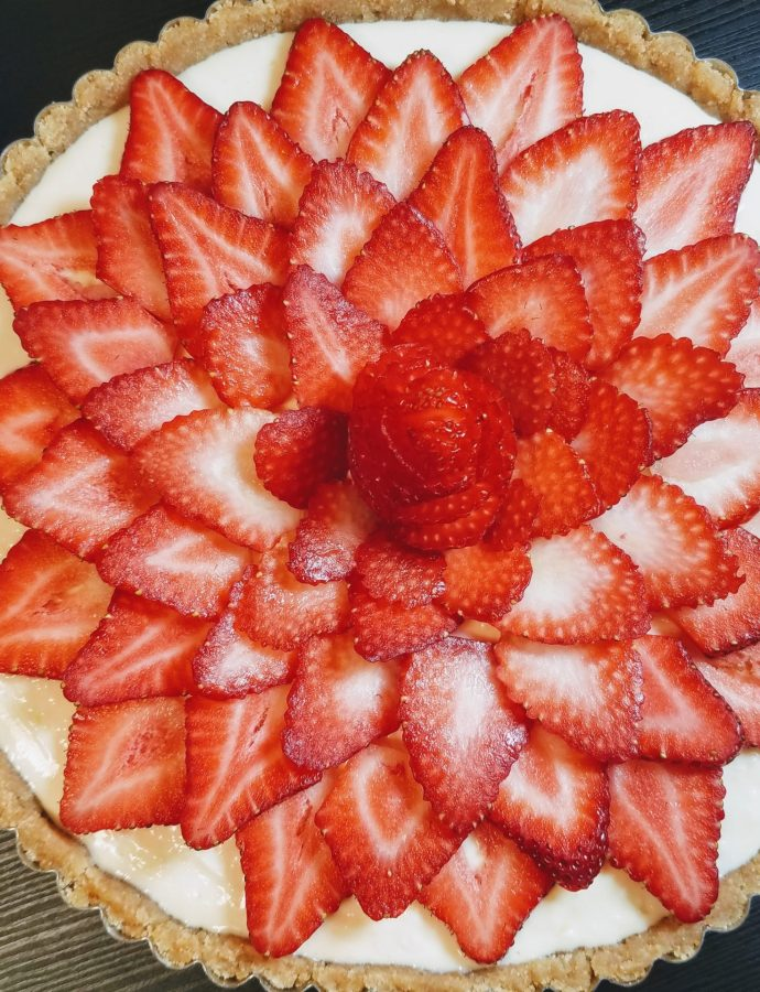 NO-BAKE STRAWBERRY LEMON TART