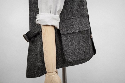 grey-wool-bellows-vest-4s
