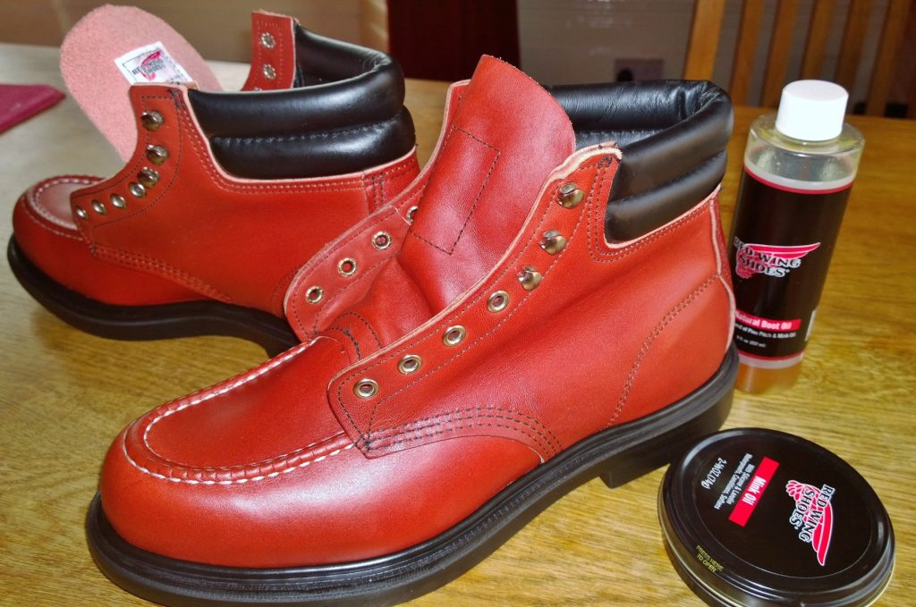 Treating the fresh boots with Boot Oil and Mink Oil.