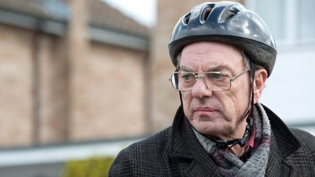 "Brian Lane from popular tv-series ""New Tricks"" became the poster boy of ugly cycle helmets."