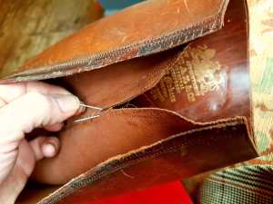 A few more stitches on a ca 1910 bespoke Peal & Co riding boot this morning. An awkward, fiddly and time-consuming process.