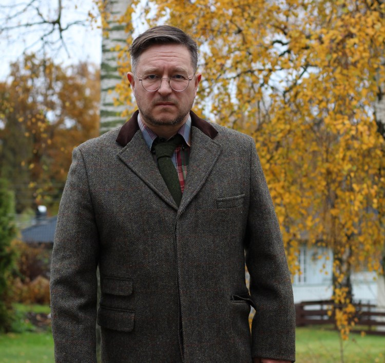 The Chelsea tweed coat by Bucktrout Tailoring.