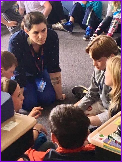 Teachers listen and coach into book clubs (Grade 3)