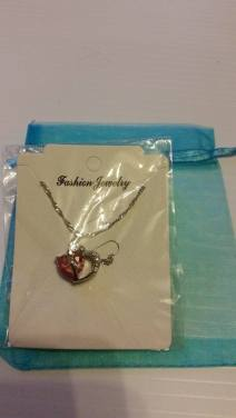 Pink Heart Necklace Starting Bid- £1