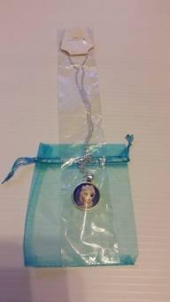 Frozen Necklace (Brand New) Starting Bid- £1