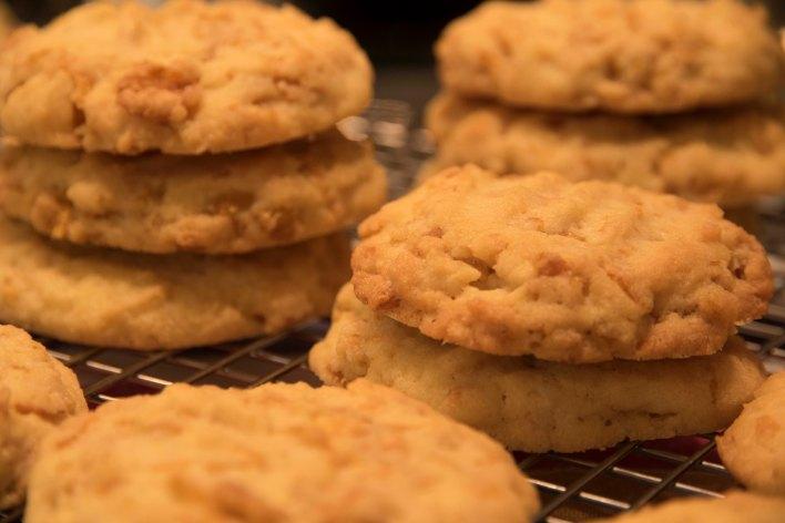 Vanilla Cornflake Cookies