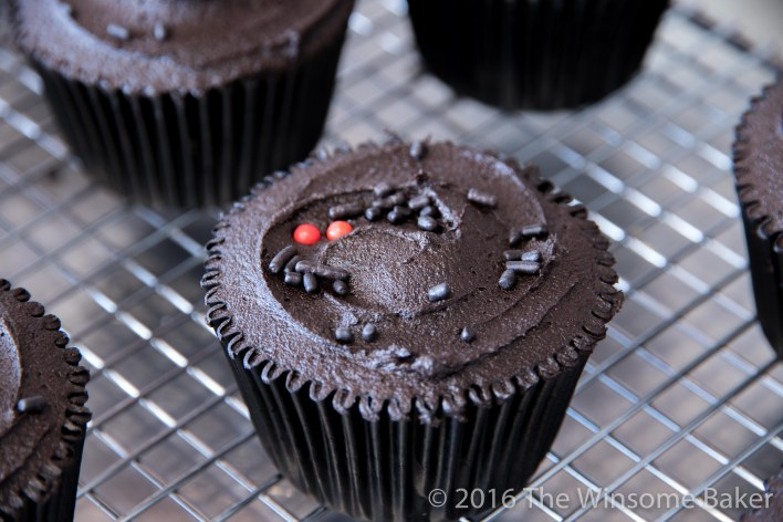 dead-of-night-cupcakes-7