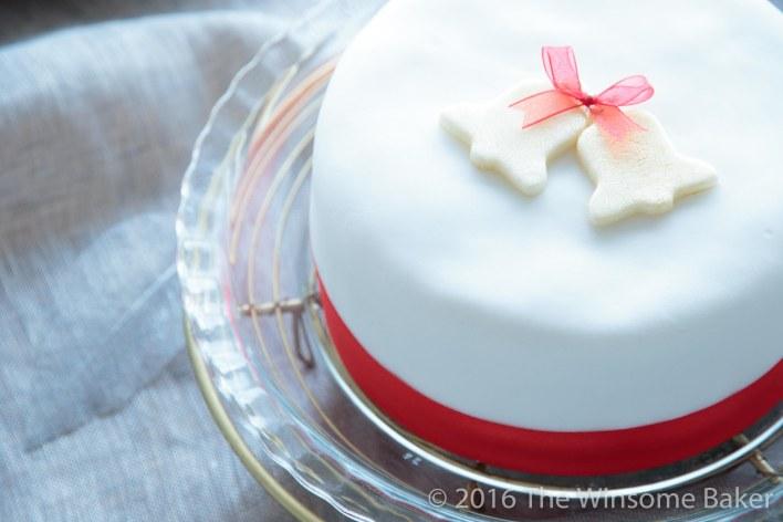 christmas-cake-decorating-19