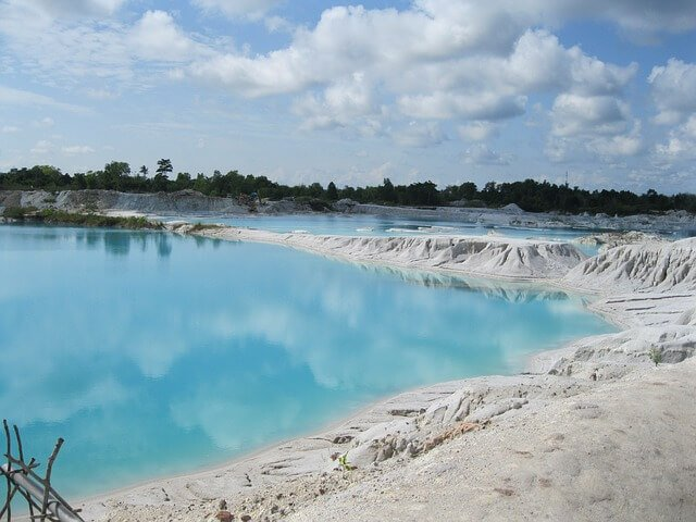 Kaolin Lake, Belitung