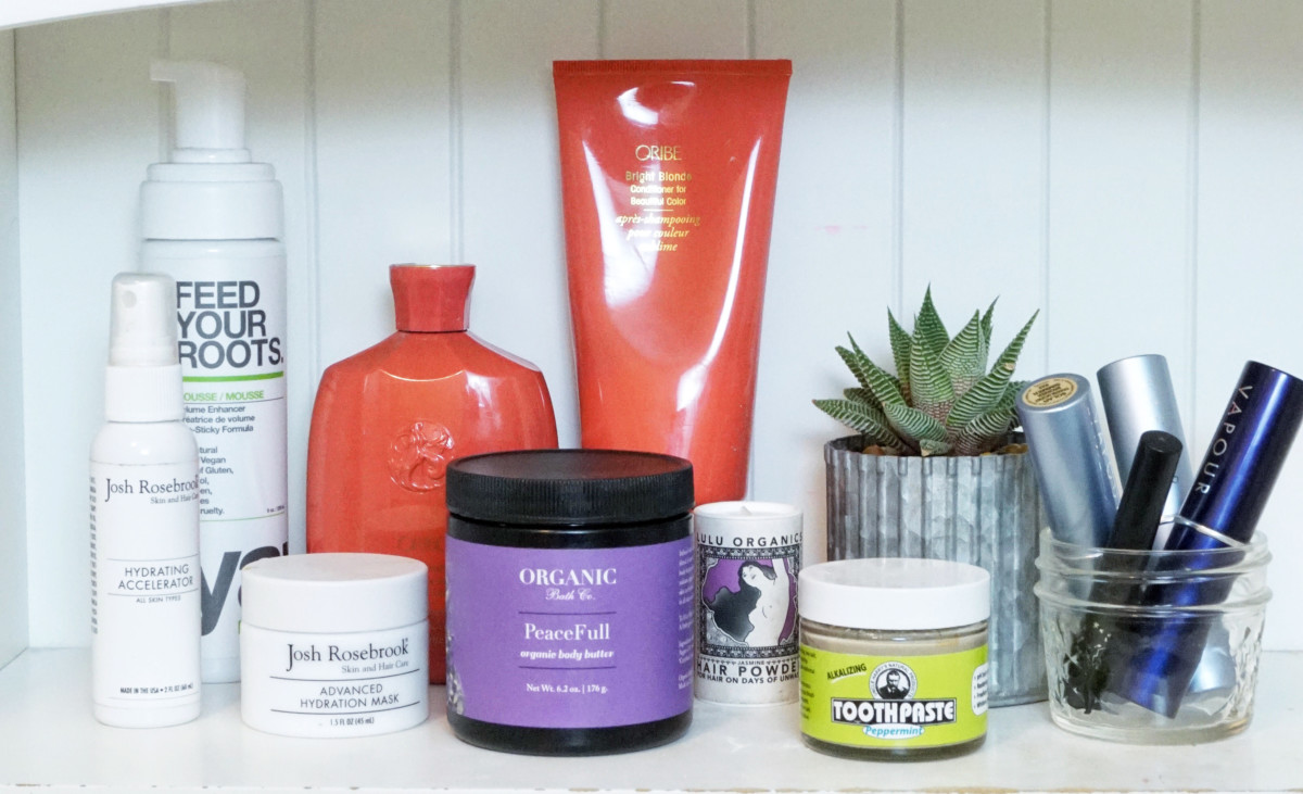 #MyCleanBeautyShelf: Holistic Nutritionist Jennifer Hanway Shares Her Morning Routine