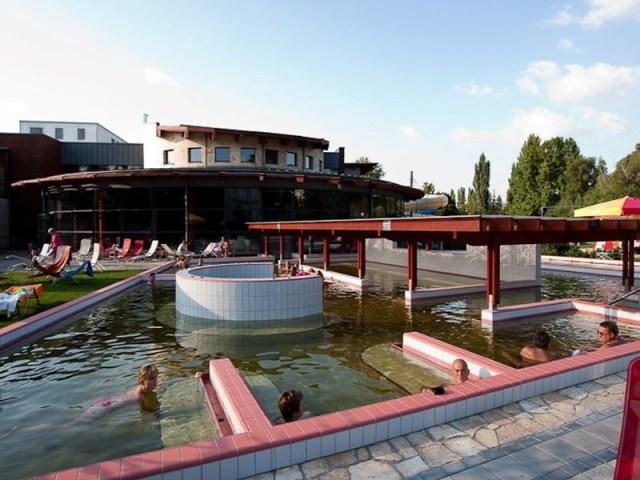 Banja Raba Quelle, Đer