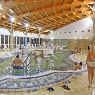 Silva termalno kupalište i wellness, Varošnamenj