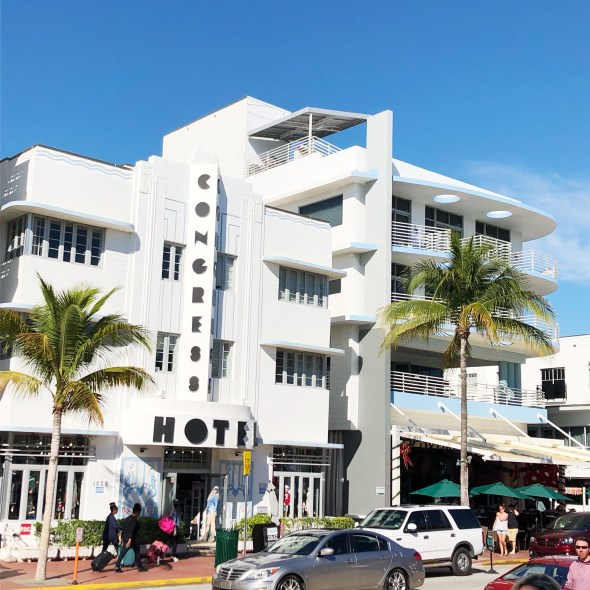 Welcome to Miami: Art Deco Walking Tours | WellnessAndWanderlust.net