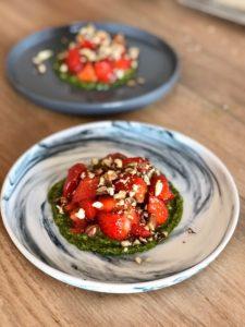 recette de pesto, fraise et feta