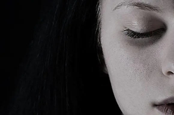 blog picture of woman looking depressed
