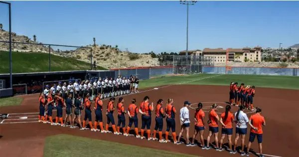 blog picture of women's college softball