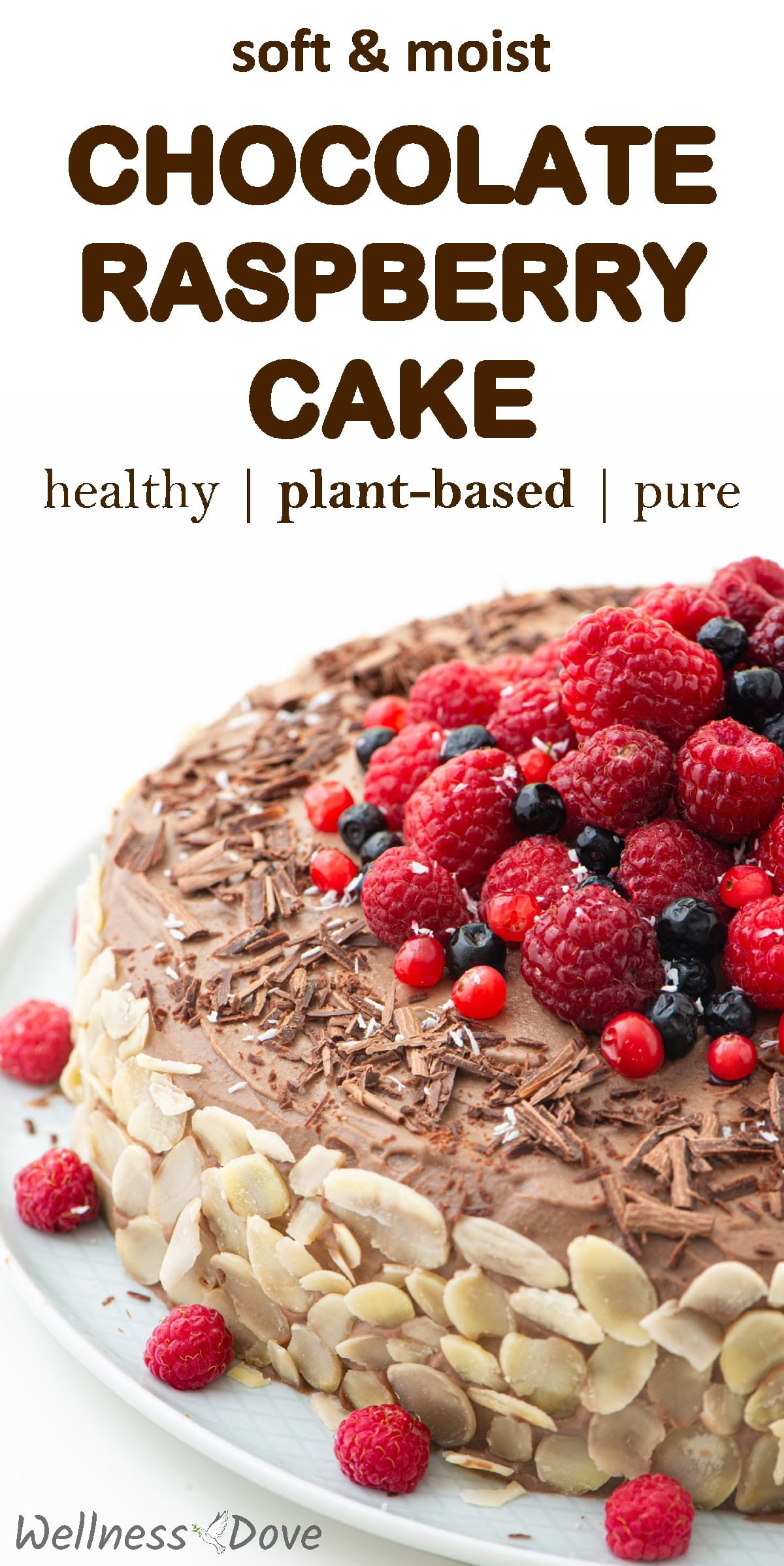 This is a dairy-free, sugar-free, oil-free chocolate cake! Super calorie-light but unbelievably tasty. With juicy raspberries for a touch of freshness and aroma. For those special occasions when you want to prepare something sweet and delicious yet healthy as well.