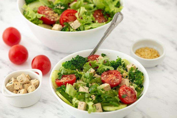Broccoli & Tofu Green Salad