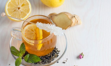 Green Tea with Ginger Lemon Honey