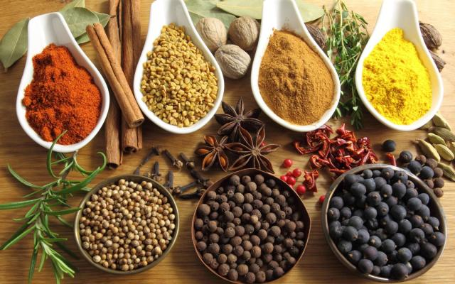 Fat Burning Herbs & Spices to Reduce Belly Fat
