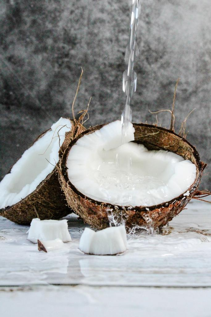 Coconut Oil is a Thyroid Natural Remedy