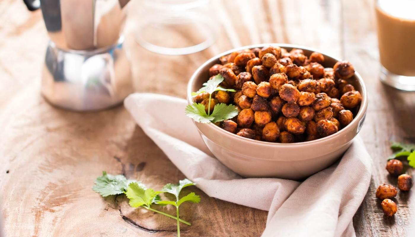 Snacking on Roasted Chana Benefits