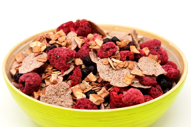Make your breakfast cereal at home: An instant, simple and tasty recipe
