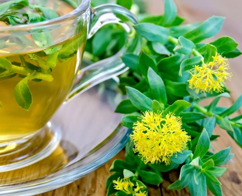 10 Adaptogen Herbs To Lower Your Cortisol