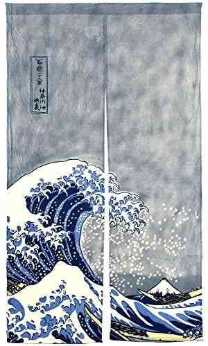 Japanese artistKatsushika Hokusai finished his most famous work, The Great Wave, at the age of 71. #ocean #art #waves #doorcurtain #interior #house #apartment