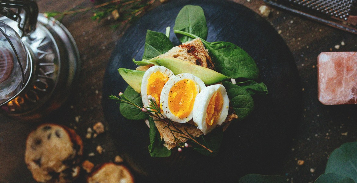 From yolk-intake to Choline, here are 3 reasons why you should be more than happy to welcome eggs back into a nutritiously balanced diet.