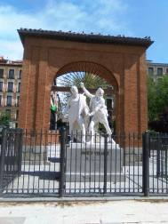 Dos de Mayo Arch commemorating the uprise
