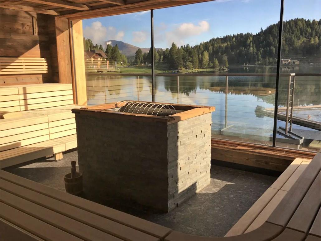 Außergewöhnliche Sauna Erlebnisse in Europa. Auf Reisen kann so einiges passieren, wie auch kuriose, interessante und spannende Momente in der Sauna. Klar ist, andere Länder, andere Sitten. Gemeinsam haben alle - es ist heiß und gesund