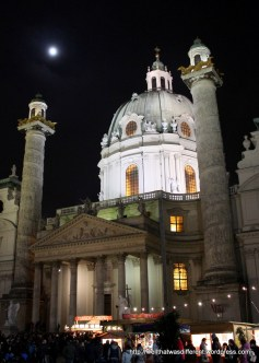 Karlskirche with a full moon, punsch and crepes.