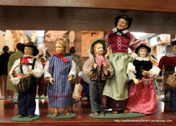 You can buy any kind of characters to fill your creche, in costumes from just about any era. It will only cost you a few hundred Euros.