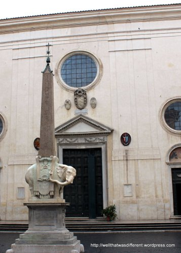 Santa Maria Sopra Minerva: with elephant (?)