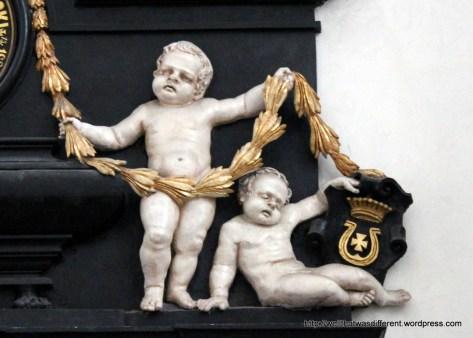 Zombie cherubs