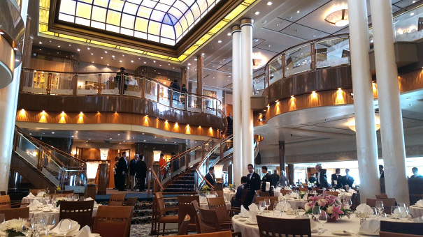 Britannia Restaurant onboard Queen Mary 2.