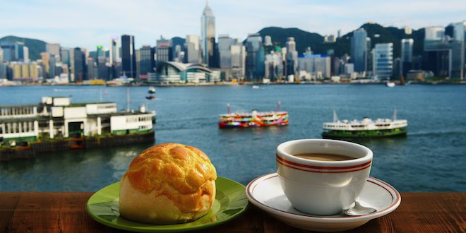 Harbourside dining overlooking Kowloon. Image Hong Kong Tourism Board.
