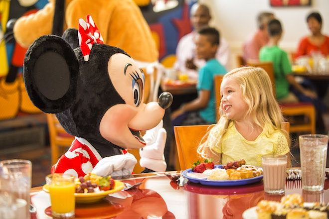 Disney character dining - Image Matt Stroshane and Walt Disney World Resort.