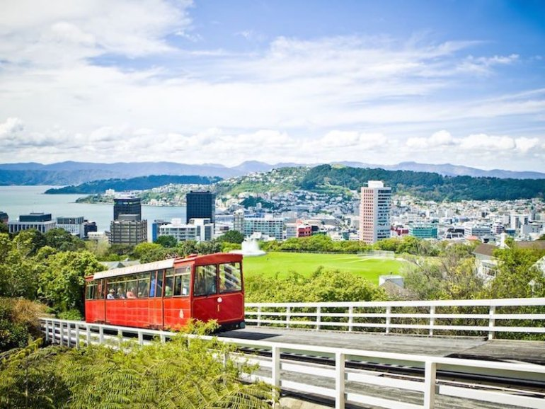 Wellington cable car - Image Jeff McEwan Capture Studios 800x600