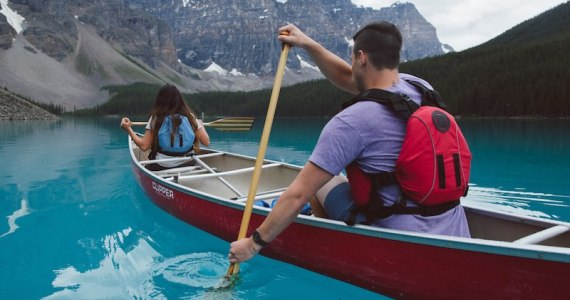 Spectacular Lake Louise 800x600 - Image Destination Canada