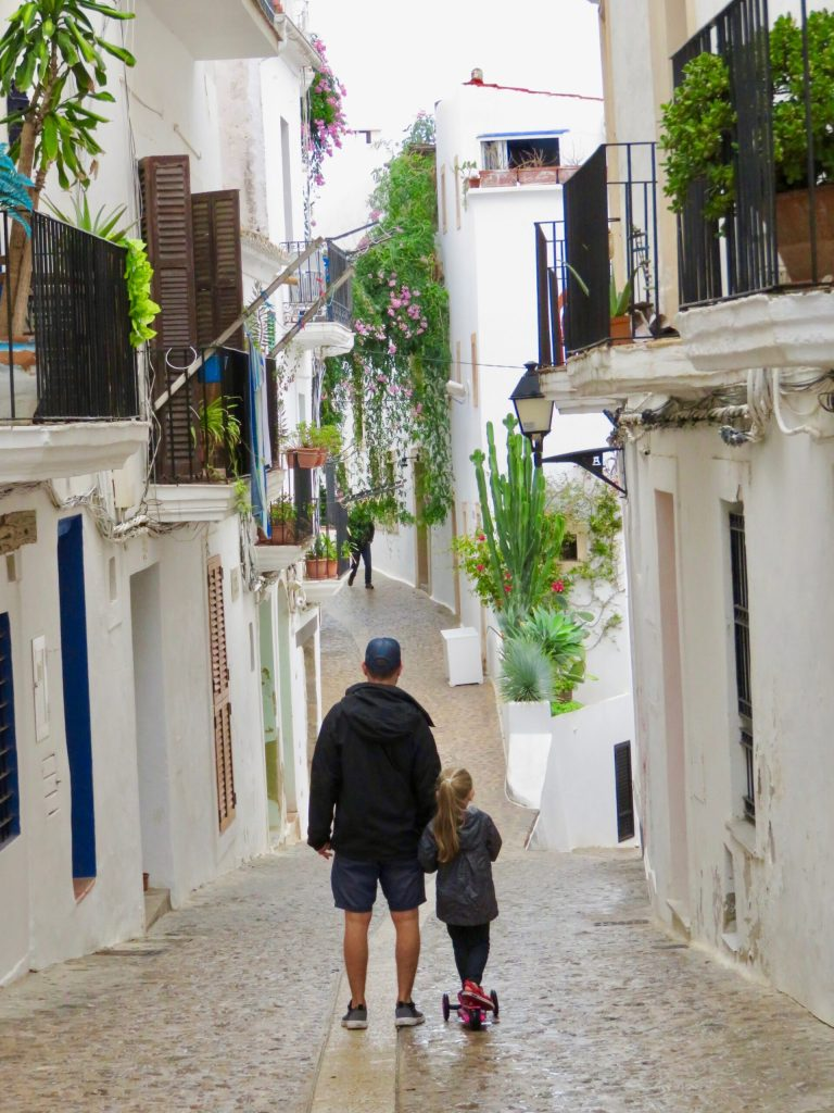 Dalt Vila whitewashed residential streets