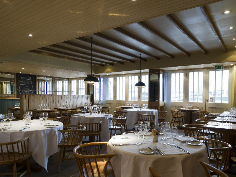 Butlers wharf chop house 36e shad thames london se1 2ye the square tables were beginning to feel very under dressed malvernweather Choice Image