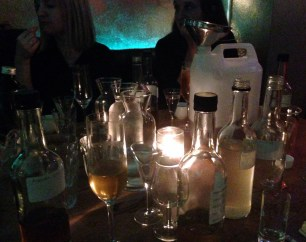 BUMP CAVES   DRAFT HOUSE TOWER BRIDGE   GIN   MAX CHATER   WE LOVE FOOD, IT'S ALL WE EAT