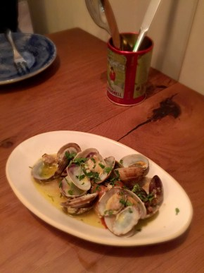 TAPAS REVOLUTION SHOREDITCH | OMAR ALLIBHOY | CLAMS | WE LOVE FOOD, IT'S ALL WE EAT