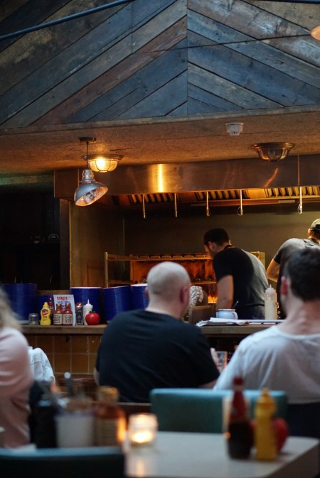 DIRTY BURGER | ST JOHN'S WOOD | INTERIOR | SOHO HOUSE | WE LOVE FOOD, IT'S ALL WE EAT2