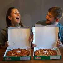 Papa John's - Papa's deep crust - we love food junior - we love food its all we eat
