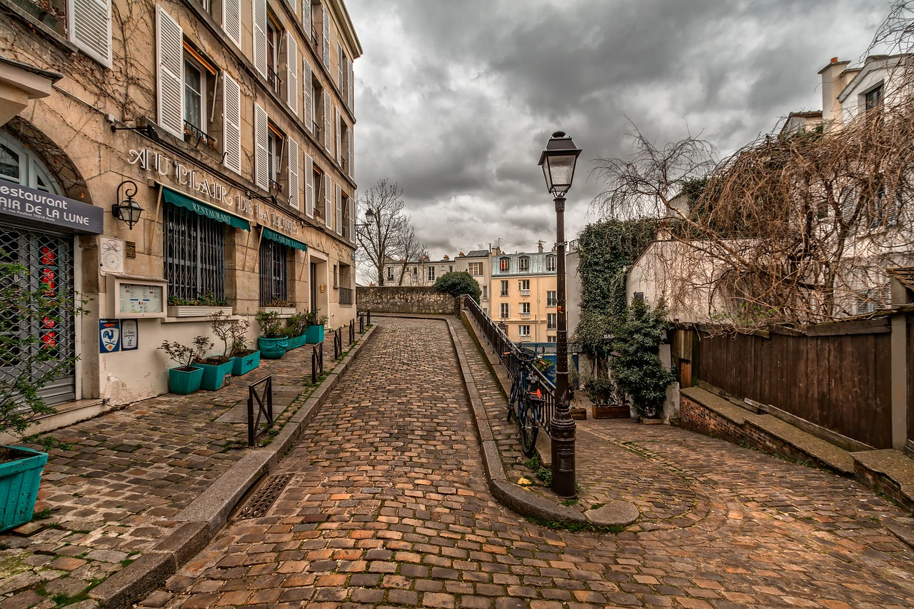 how to get over Holiday Blues Paris